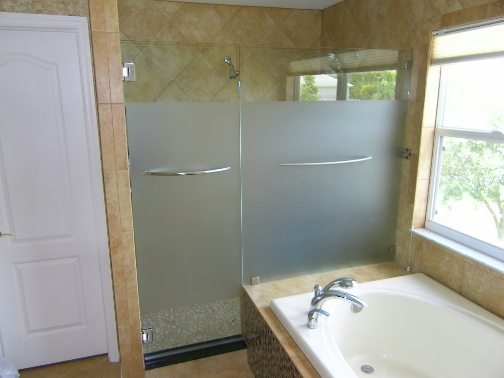 Etched Inline, w arch style towel bars