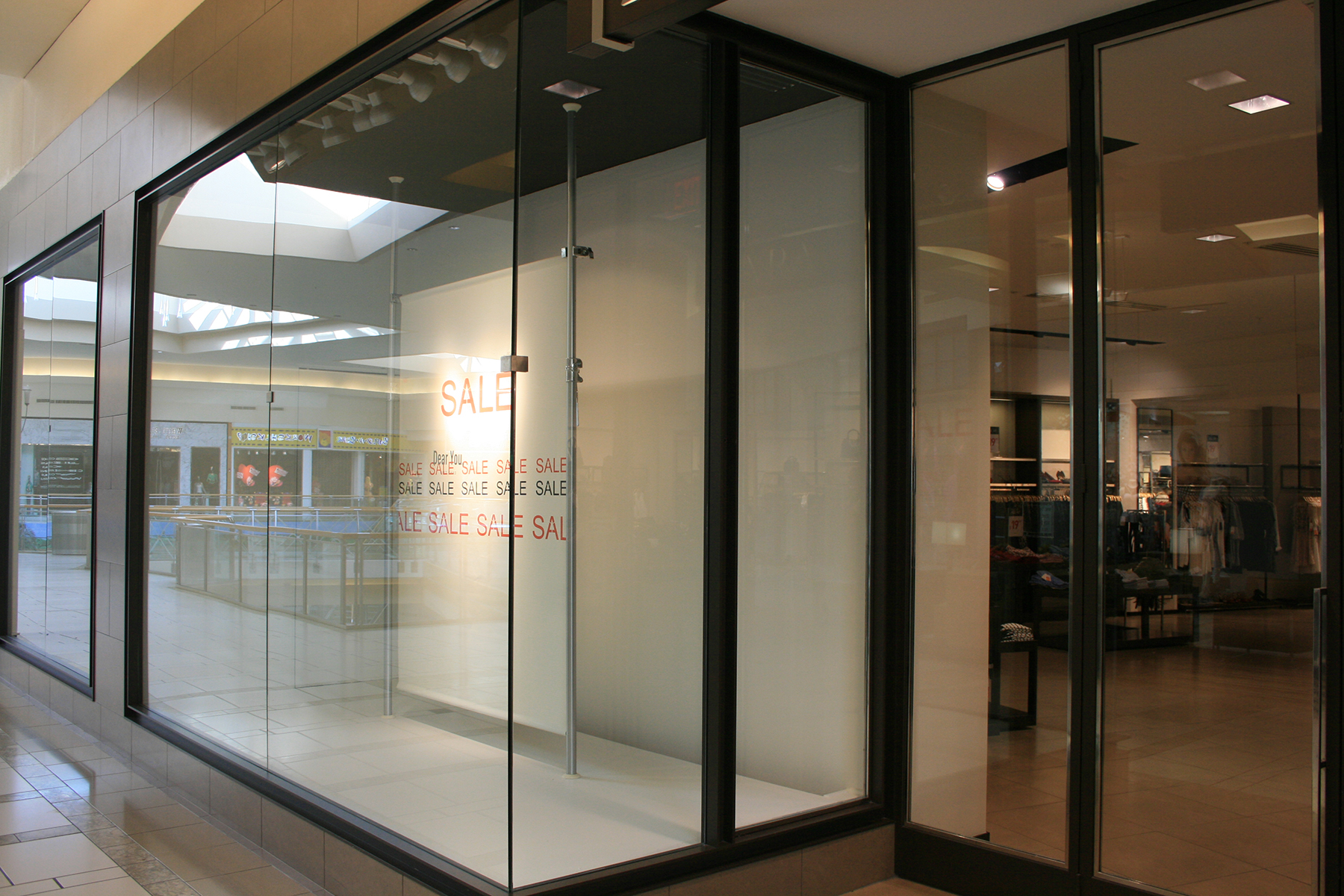 Mall Storefront Windows Allservices Frameless Glass Company