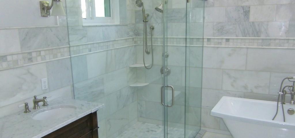 http://www.framelessglassco.com/wp-content/uploads/2014/05/shower-1024x480.jpg